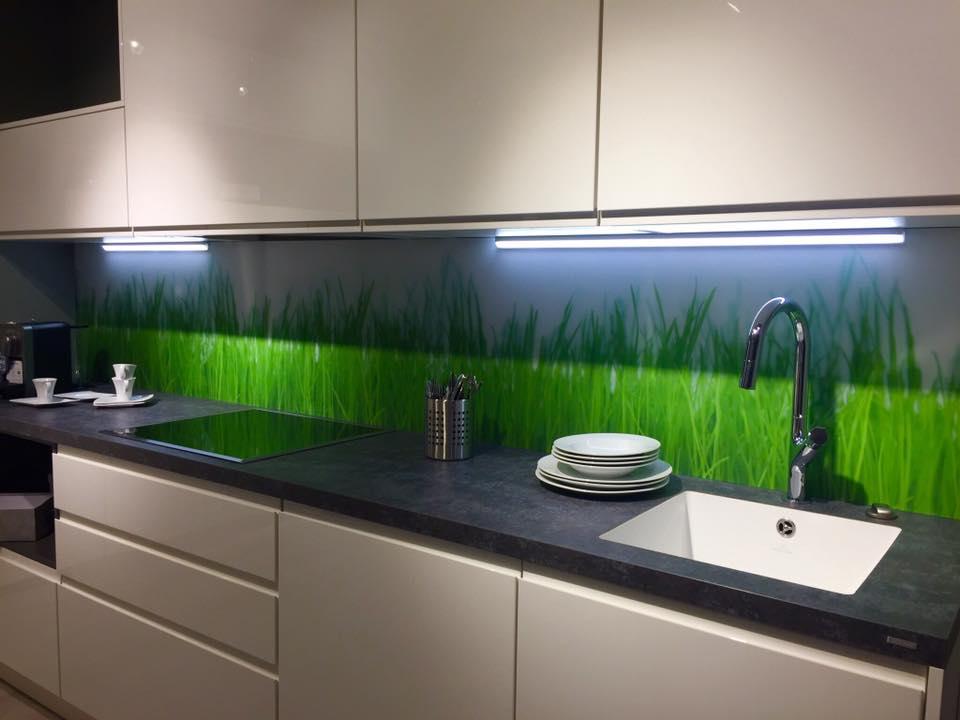 Glas LED Hintergrundbeleuchtung Motiv Küche Glaser Wien