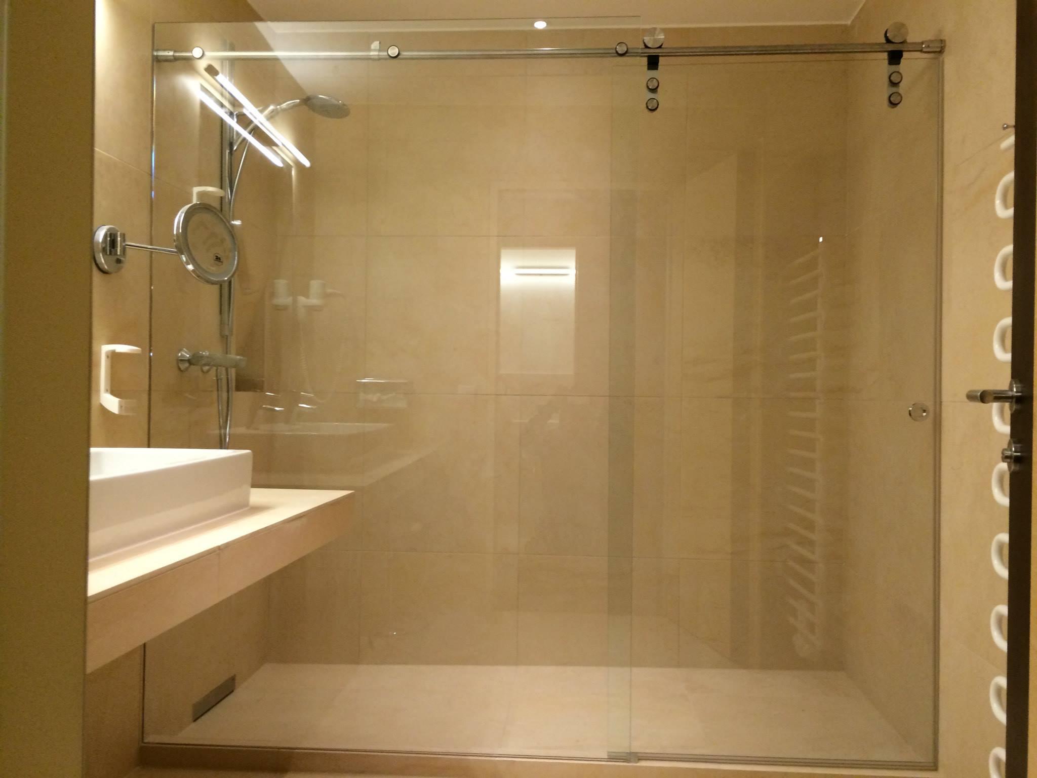 deltaglas glaserei wien indiv glasl sungen 24h glasnotdienst. Black Bedroom Furniture Sets. Home Design Ideas
